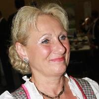 Monika Schenker
